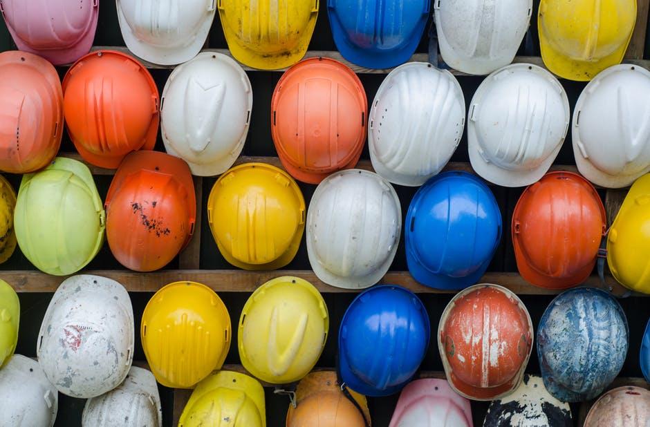 Como higienizar os capacetes de segurança?