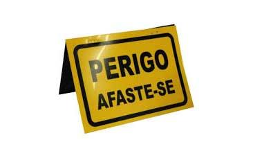 PLACA PVC PERIGO AFASTE-SE